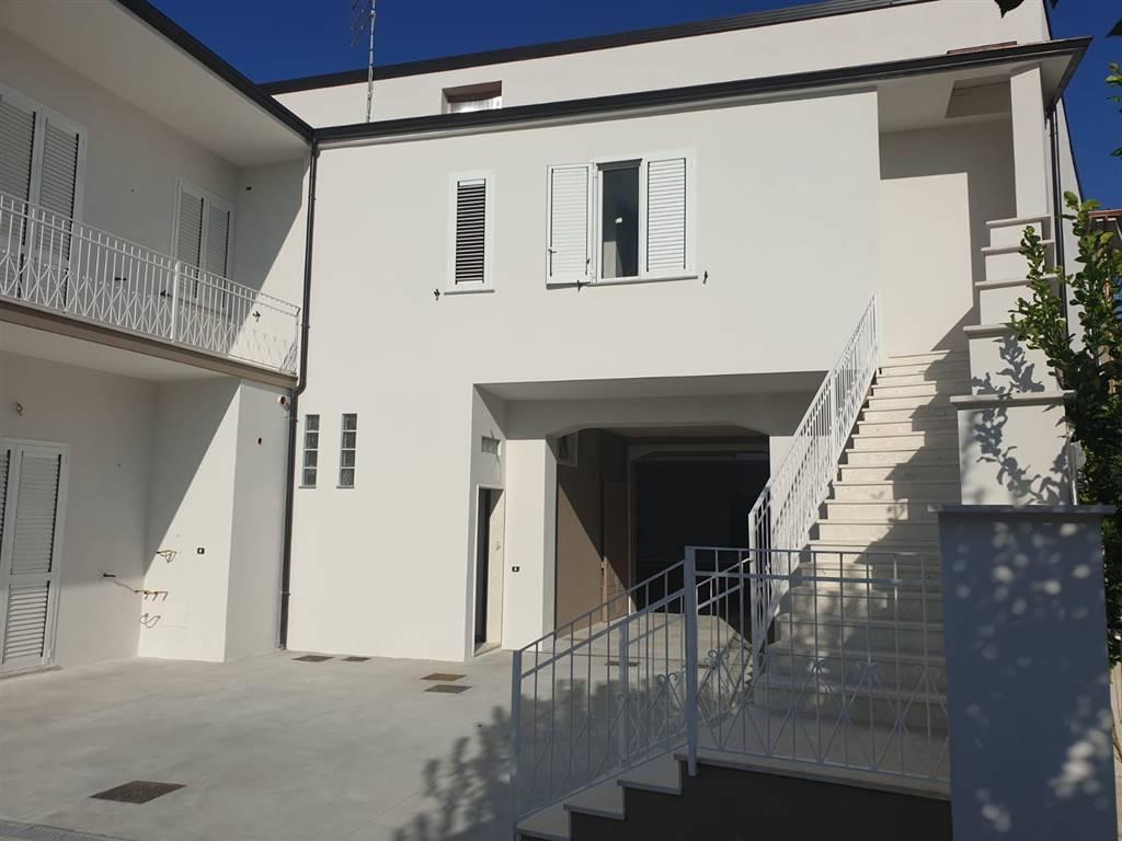 Trilocale in Via Giuseppe Garibaldi 20, San Donato, Capodrise
