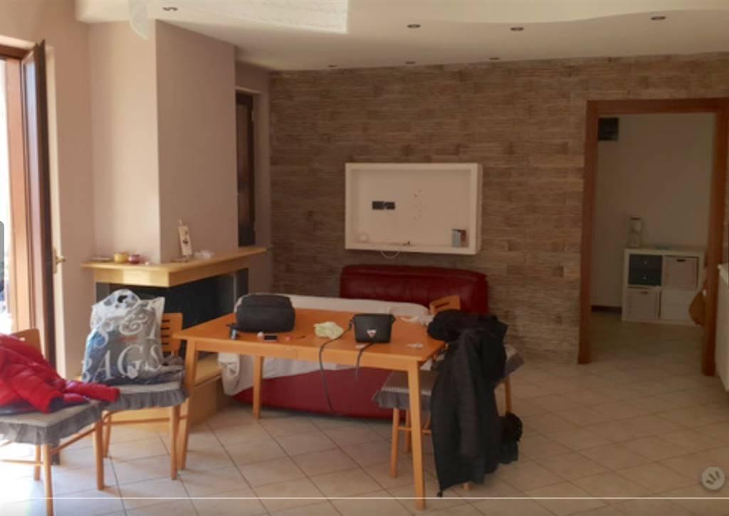 Quadrilocale, San Benedetto, Caserta, ristrutturato