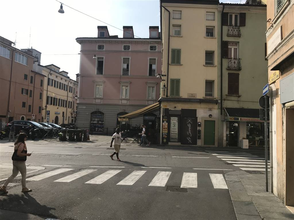 Ristorante, Centro Storico, Brescia, da ristrutturare