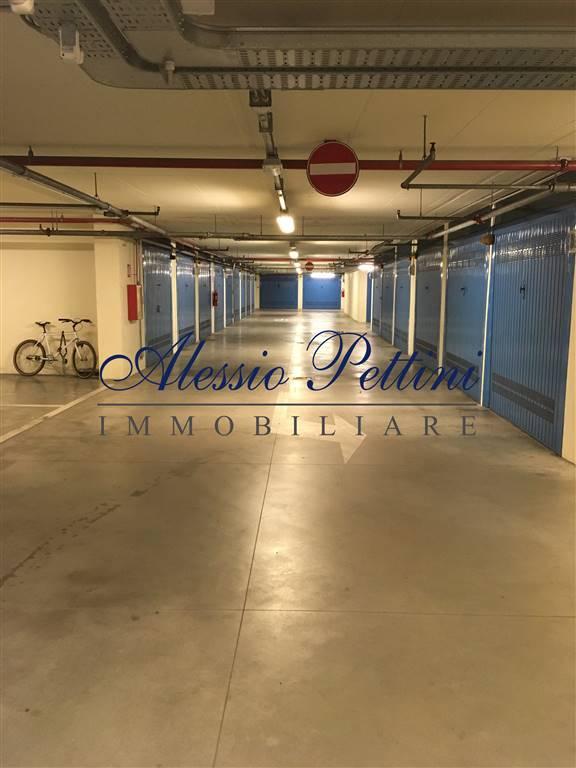 Garage in vendita a Firenze