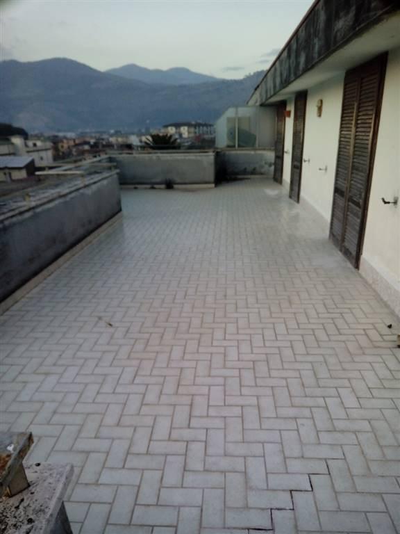 Attico / Mansarda in vendita a Roccapiemonte, 6 locali, Trattative riservate   CambioCasa.it