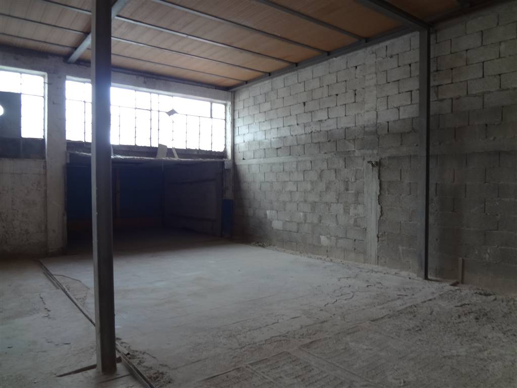 PECORARI, NOCERA SUPERIORE, Industrial warehouse for sale of 500 Sq. mt., Energetic class: G, composed by: , Reserved