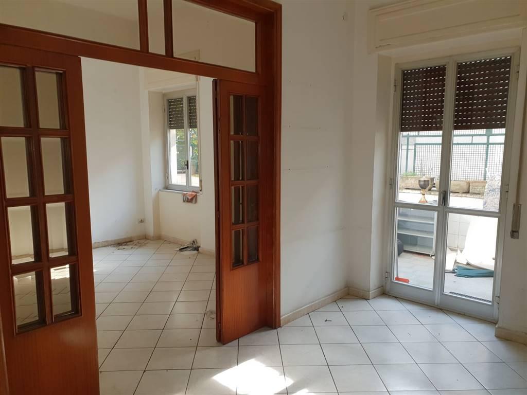 Appartamento in vendita a Cava de' Tirreni, 4 locali, prezzo € 250.000   CambioCasa.it