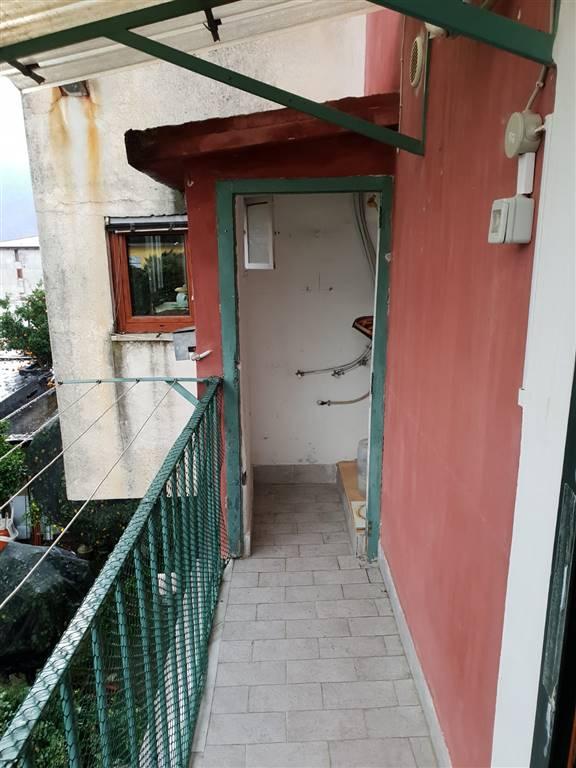 SANTA LUCIA, CAVA DE' TIRRENI, Appartamento in affitto di 40 Mq, Classe energetica: G, composto da: 2 Vani, 1 Camera, 1 Bagno, Prezzo: € 250