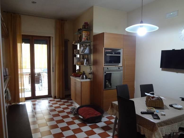 Appartamento in affitto a Cava de' Tirreni, 5 locali, zona Località: CENTRO, Trattative riservate   CambioCasa.it
