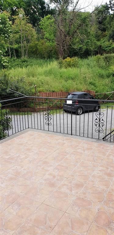 Soluzione Semindipendente in affitto a Cava de' Tirreni, 3 locali, zona Località: PREGIATO, prezzo € 550   CambioCasa.it