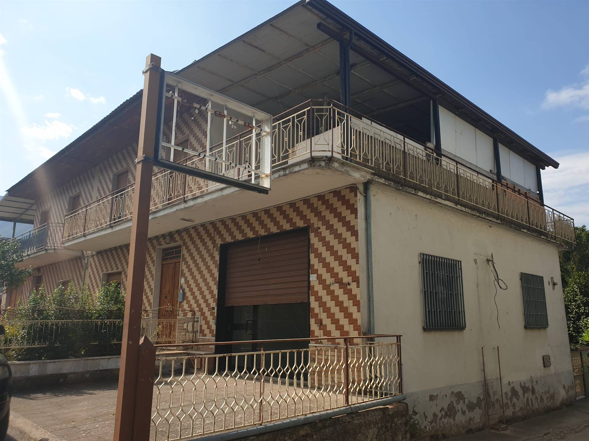 Detached house in SERINO