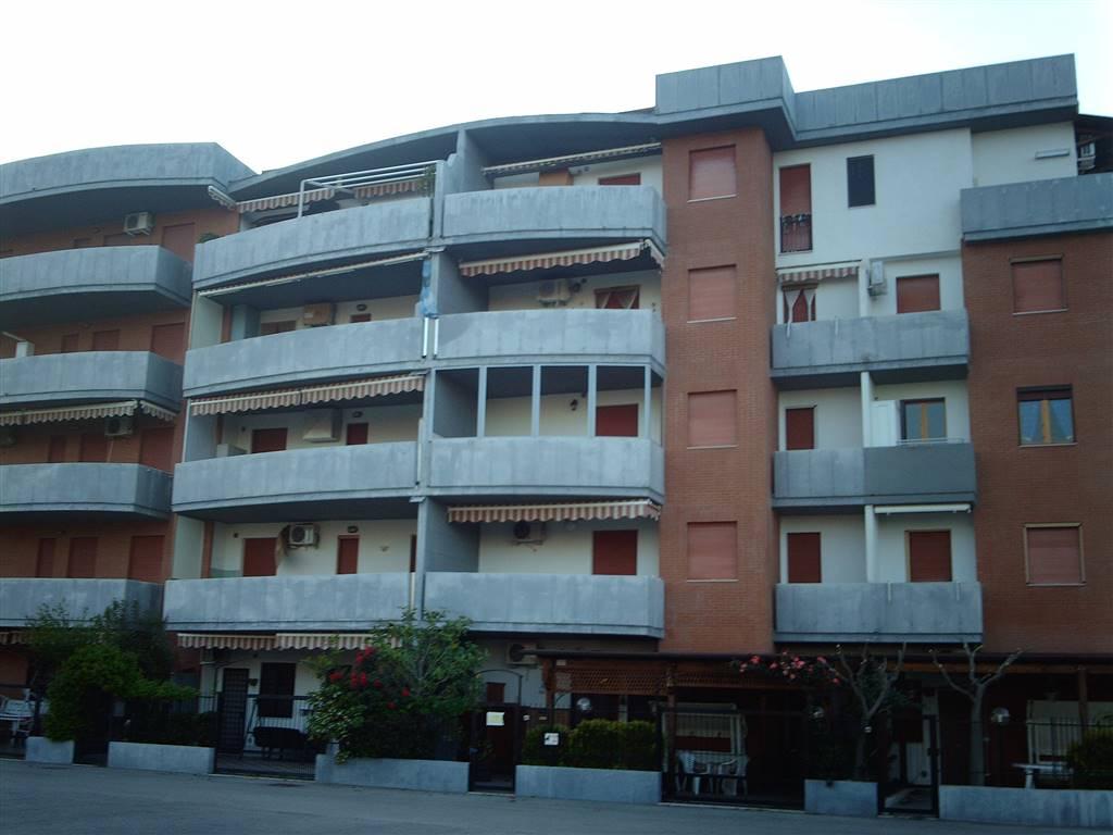 Appartamento in vendita a Campomarino, 3 locali, prezzo € 88.000   CambioCasa.it