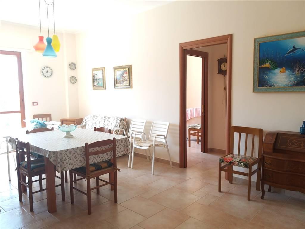 Appartamento in vendita a Campomarino, 4 locali, prezzo € 95.000   CambioCasa.it