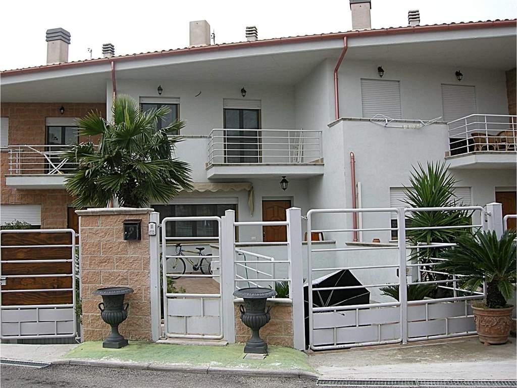 Case penitro formia in vendita e in affitto formia for Vendita case milano centro