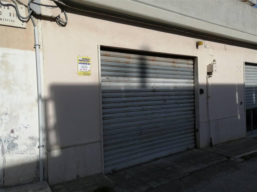 Magazzino in vendita a Monopoli, 2 locali, prezzo € 65.000 | CambioCasa.it
