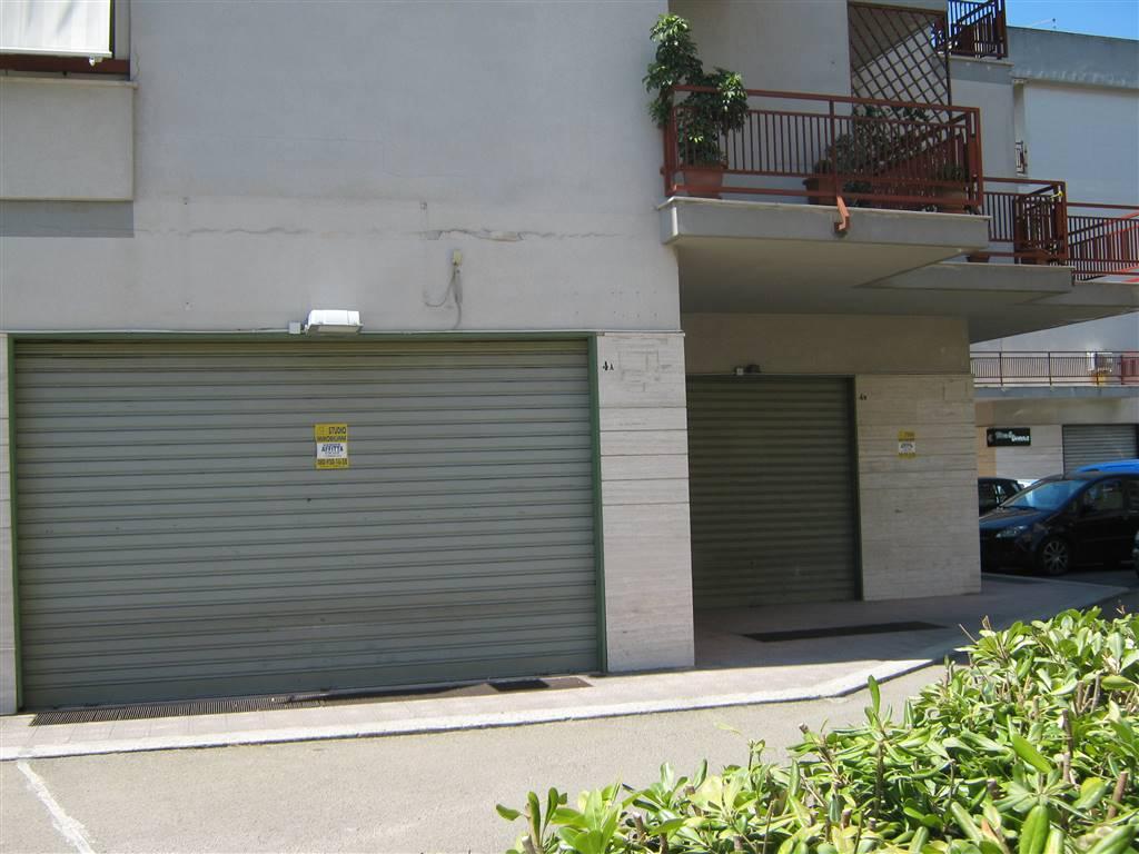 Negozio / Locale in affitto a Monopoli, 1 locali, prezzo € 2.000 | CambioCasa.it