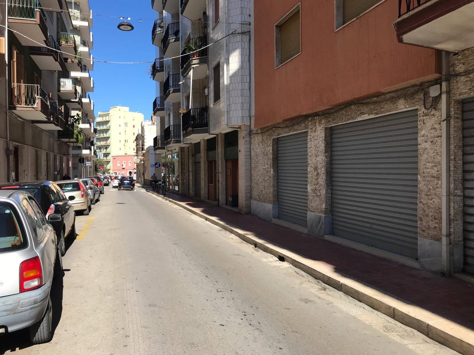Negozio / Locale in affitto a Monopoli, 1 locali, prezzo € 800 | CambioCasa.it