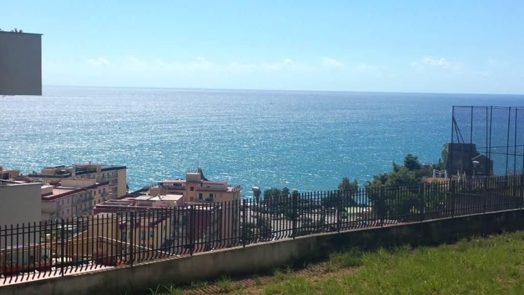 Appartamento in Viale Delle Gnestre, Ginestre , Sala Abbagnano , Panoramica , Casa Manzo, Salerno