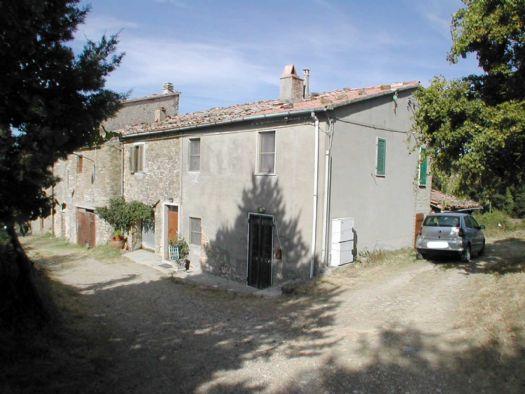 Appartamento in vendita a Semproniano, 3 locali, zona Zona: Petricci, prezzo € 48.000 | CambioCasa.it