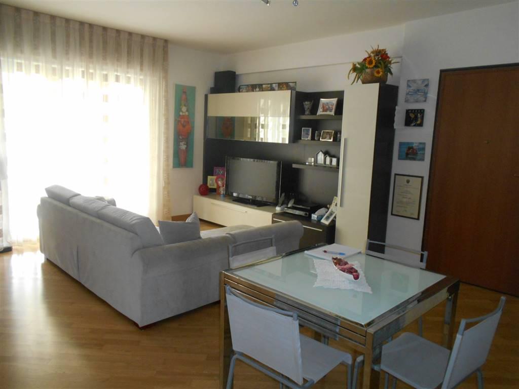 Appartamento, Vado Ligure, in ottime condizioni