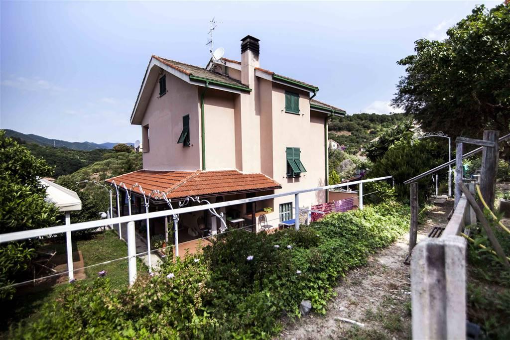 Villa, Albisola Superiore, abitabile
