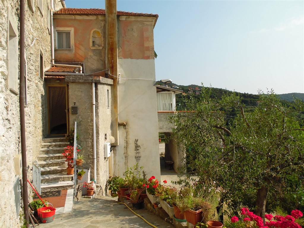 Rustico casale in Via Magnone 7, Magnone, Vezzi Portio