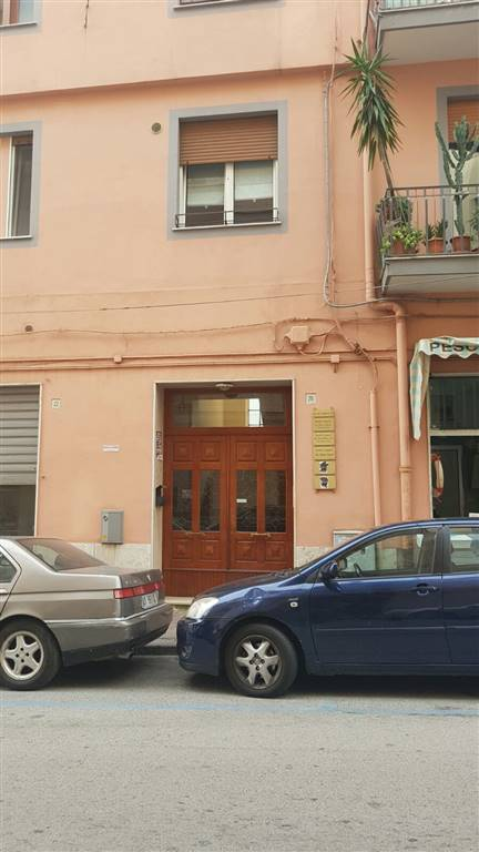 Appartamento in Via Michele Conforti  20, Centro, Salerno
