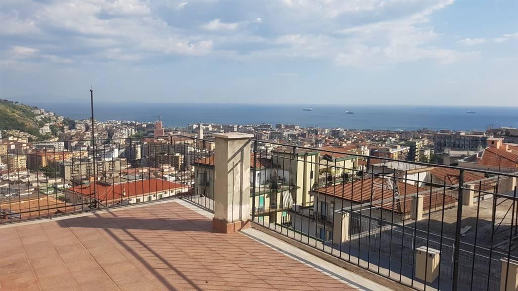 Attico, Salerno, abitabile