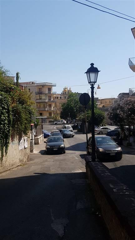 Vendita monolocale via cesare battisti 4 centro salerno for Monolocale arredato salerno