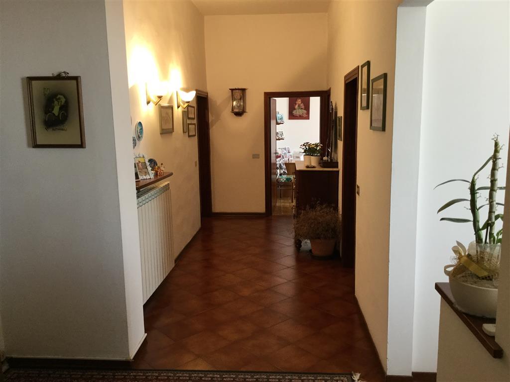Appartamento, Iolo, Prato, abitabile
