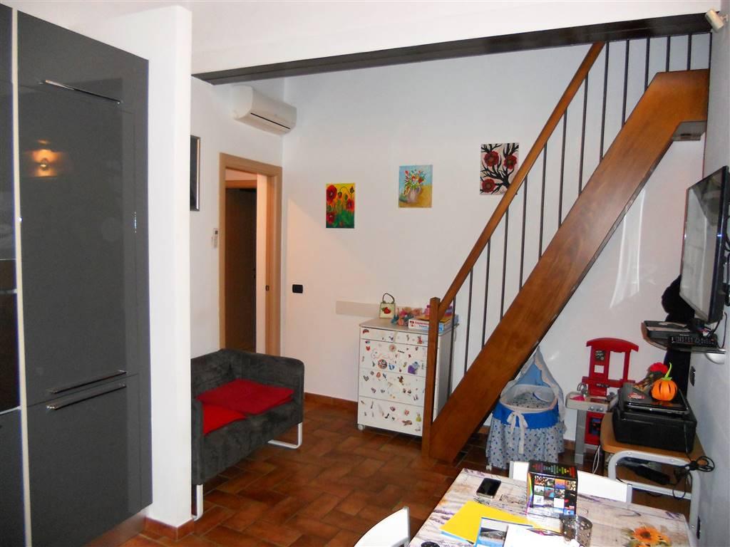 Appartamento in vendita a Campi Bisenzio, 3 locali, zona Piero a Ponti, prezzo € 165.000 | PortaleAgenzieImmobiliari.it