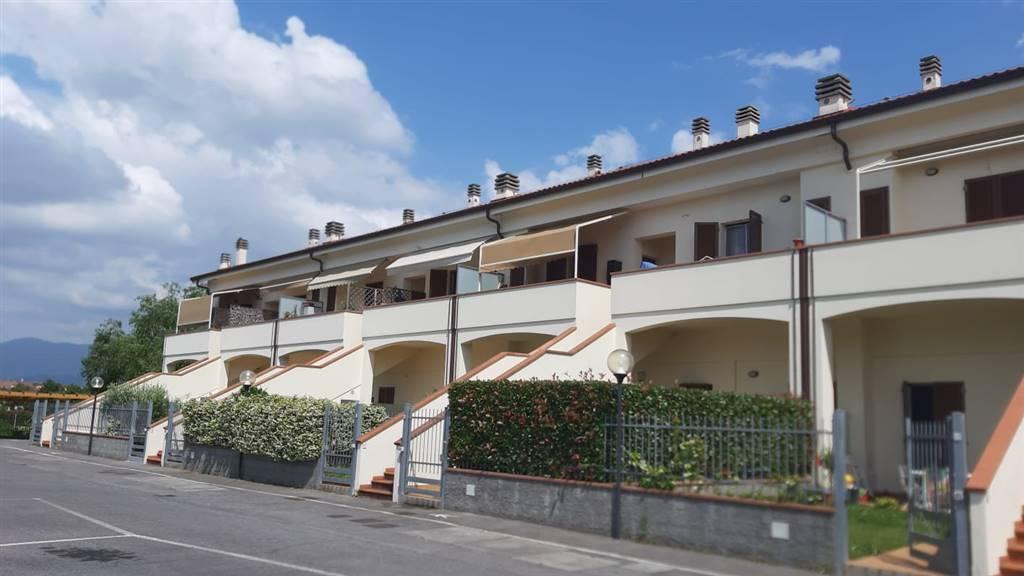 Trilocale in Via 13 Martiri 182, San Piero a Ponti, Campi Bisenzio