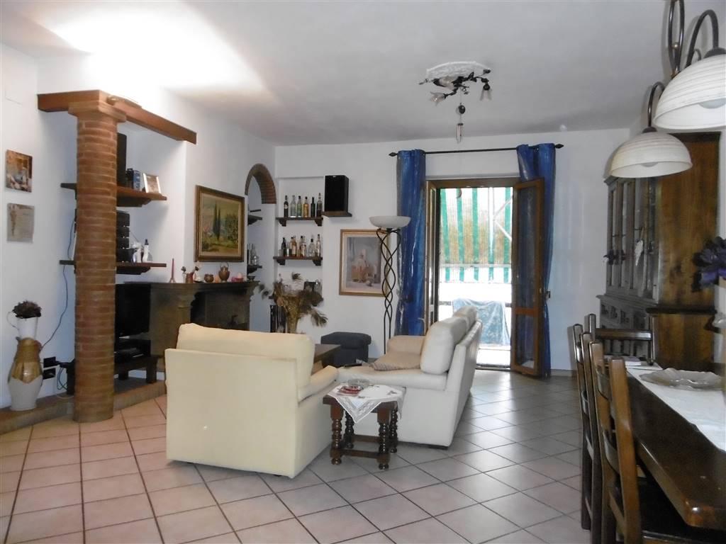 Terratetto, San Martino, Campi Bisenzio, in ottime condizioni