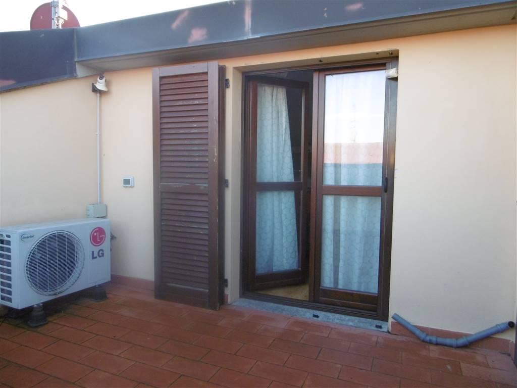 CaseFirenze - Quadrilocale, Campi Bisenzio, in ottime condizioni