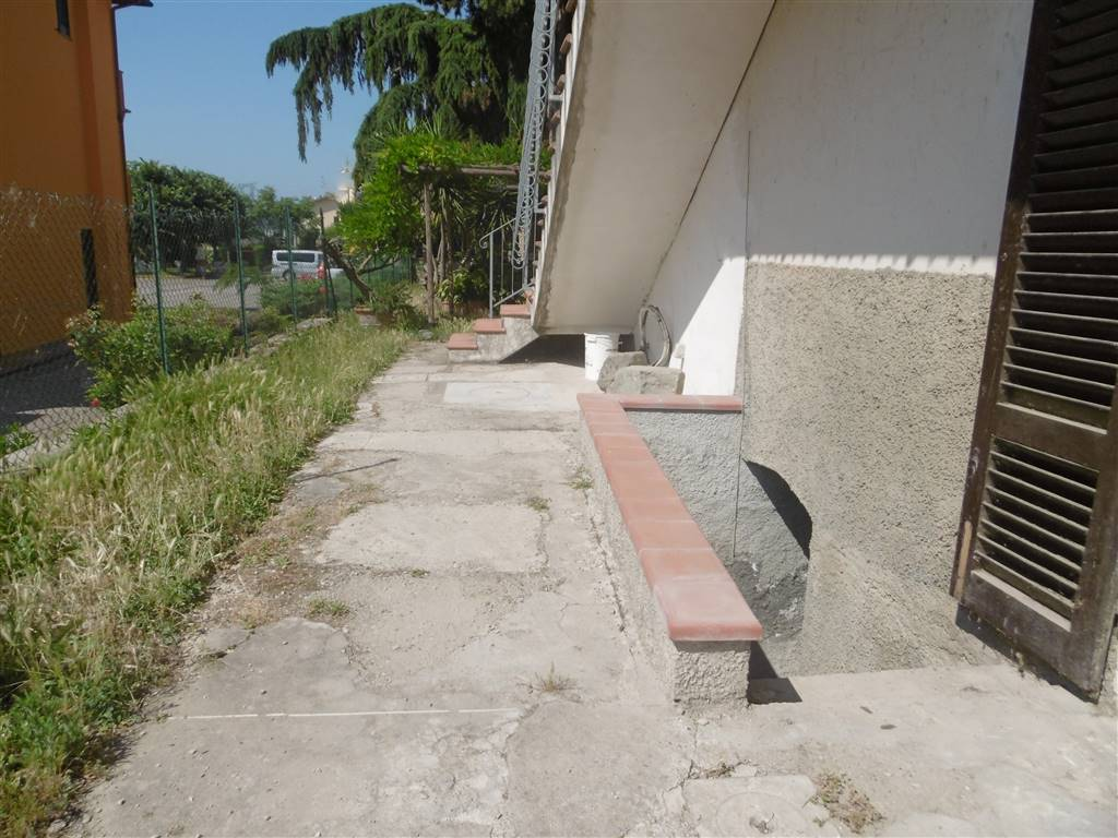 Trilocale in Via Indicatorio, Colli Alti, Signa