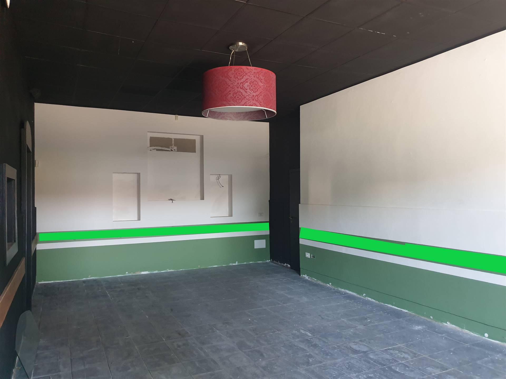 CALENZANO, Shop for rent of 160 Sq. mt., Good condition, Heating Individual heating system, Energetic class: G, placed at Ground, composed by: 4