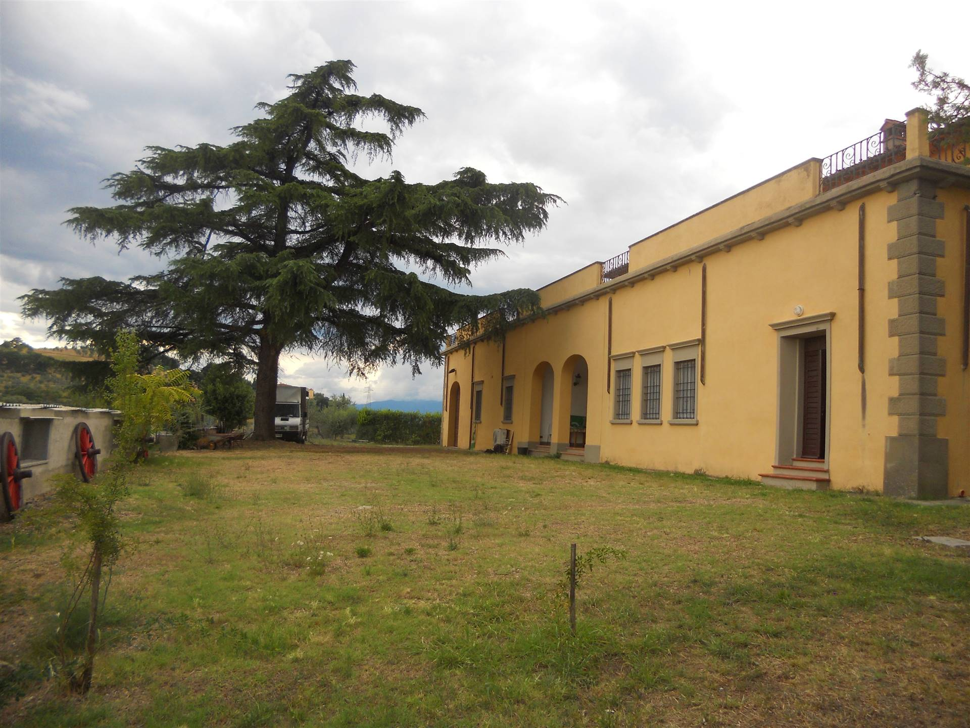 BONISTALLO, POGGIO A CAIANO, Apartment for rent of 240 Sq. mt., Good condition, Heating Individual heating system, Energetic class: G, placed at