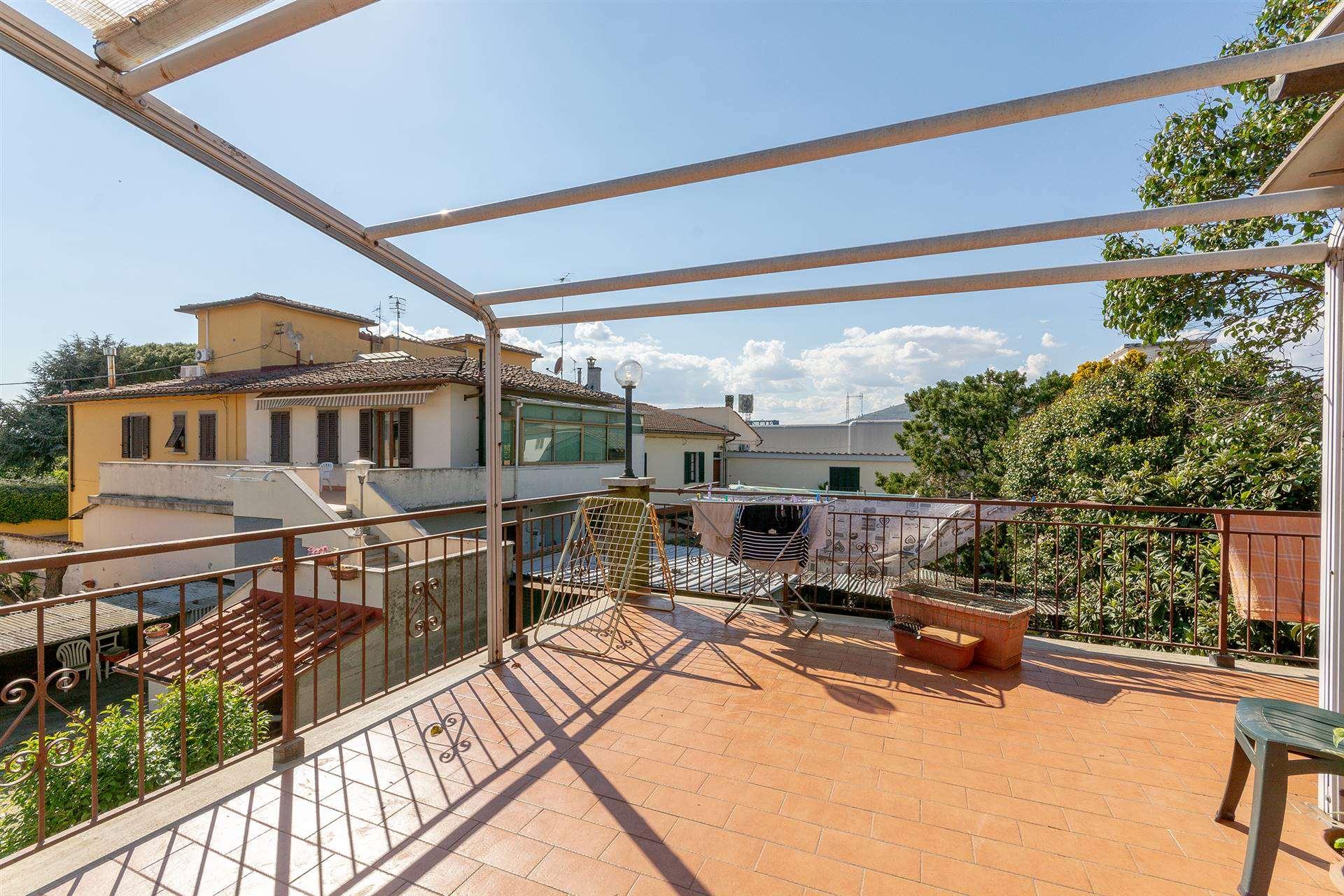 Appartamento in vendita a Calenzano, 5 locali, zona Località: BALDANZESE, prezzo € 330.000 | PortaleAgenzieImmobiliari.it