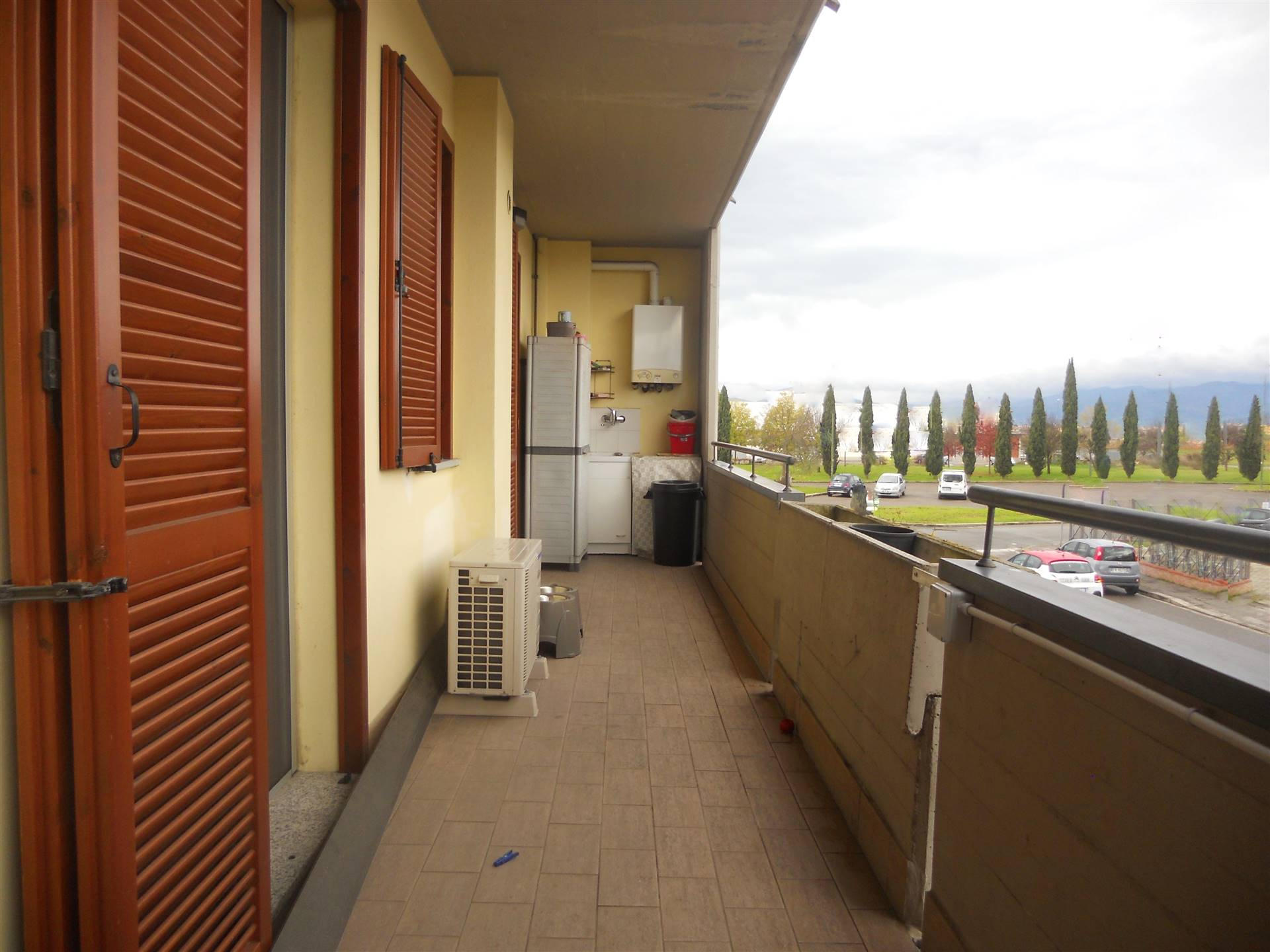 SAN LORENZO, CAMPI BISENZIO, Apartment for sale of 63 Sq. mt., Excellent Condition, Heating Individual heating system, Energetic class: G, placed at