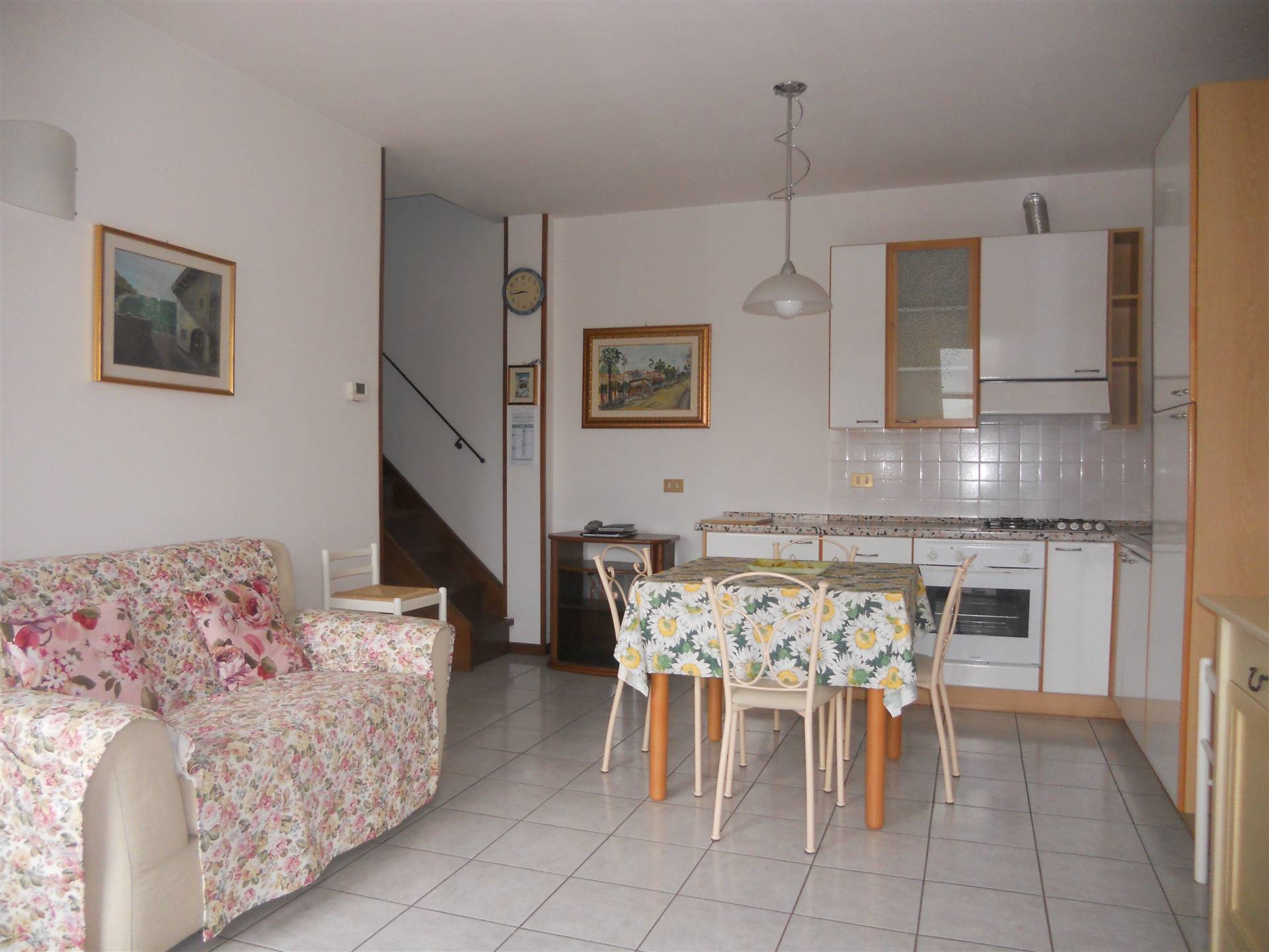 SAN PIERO A PONTI, CAMPI BISENZIO, Apartment for sale of 70 Sq. mt., Excellent Condition, Heating Individual heating system, Energetic class: G,
