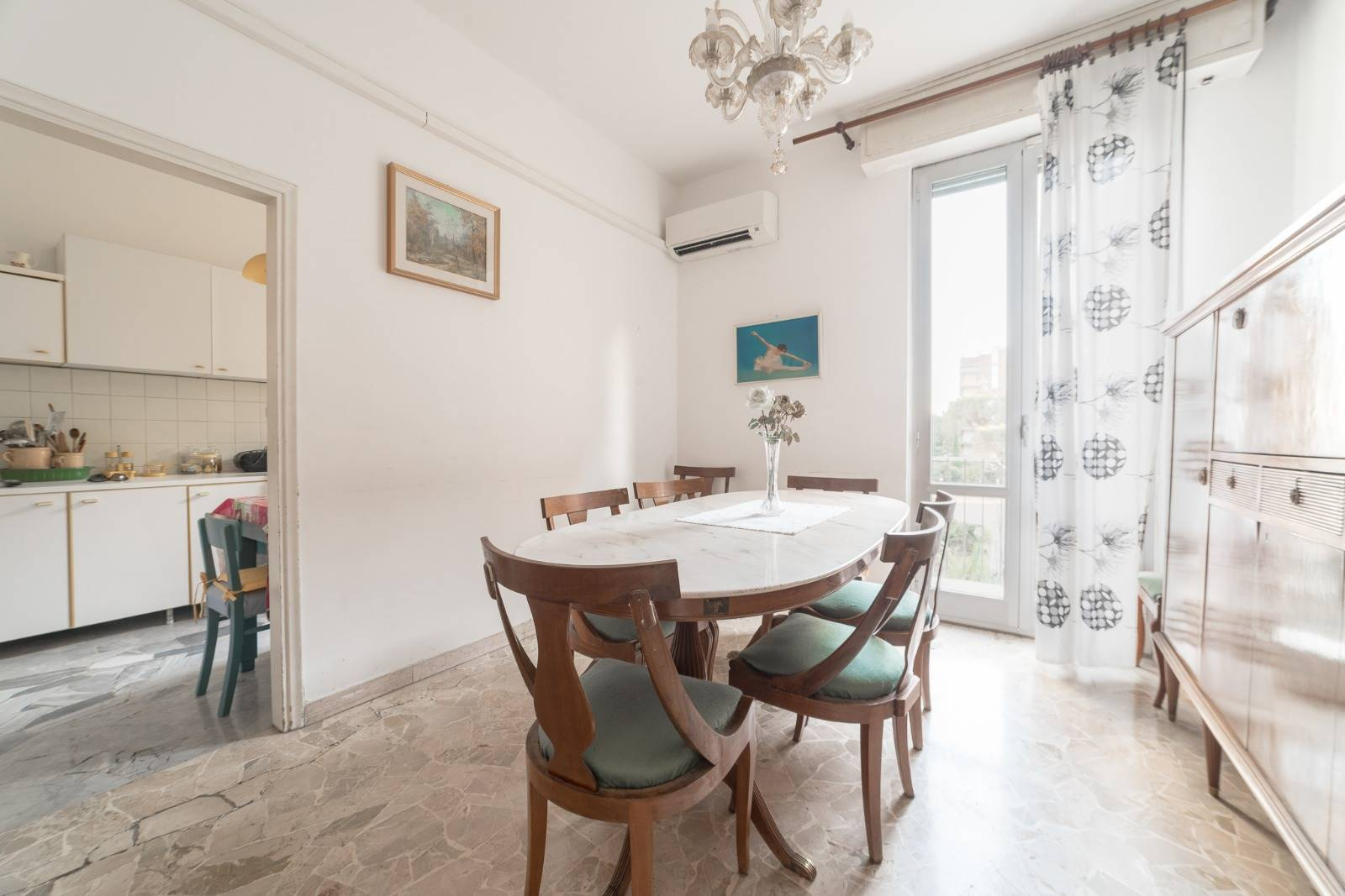 NOVOLI, FIRENZE, Apartment for sale of 105 Sq. mt., Excellent Condition, Heating Centralized, placed at 2° on 5, composed by: 5 Rooms, Little kitchen,