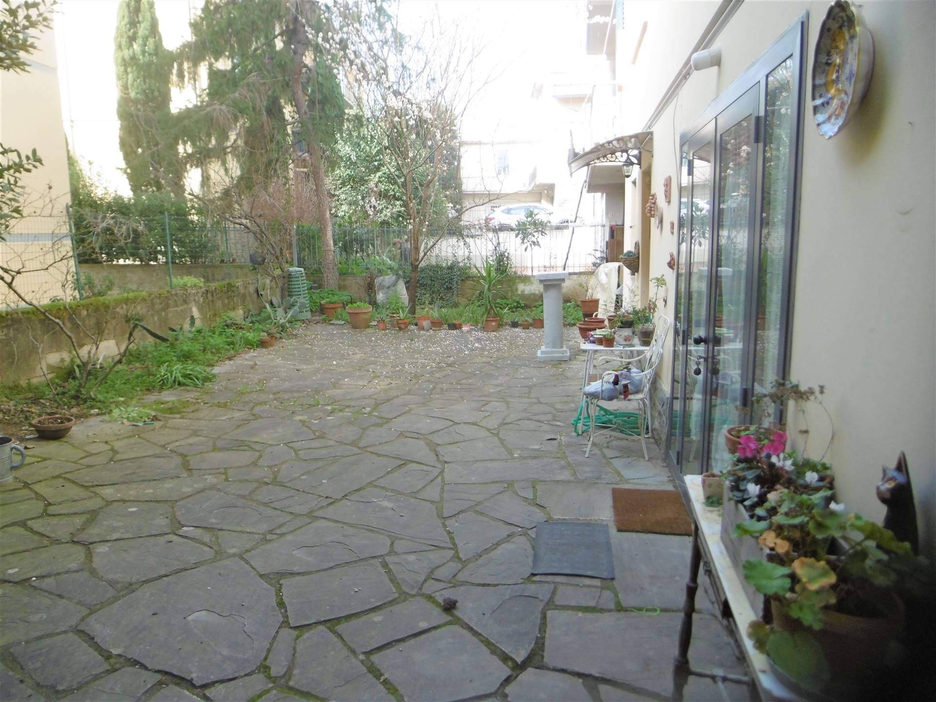 LA MACINE, PRATO, Apartment for sale of 157 Sq. mt., Good condition, Heating Individual heating system, placed at 1° on 1, composed by: 6 Rooms,