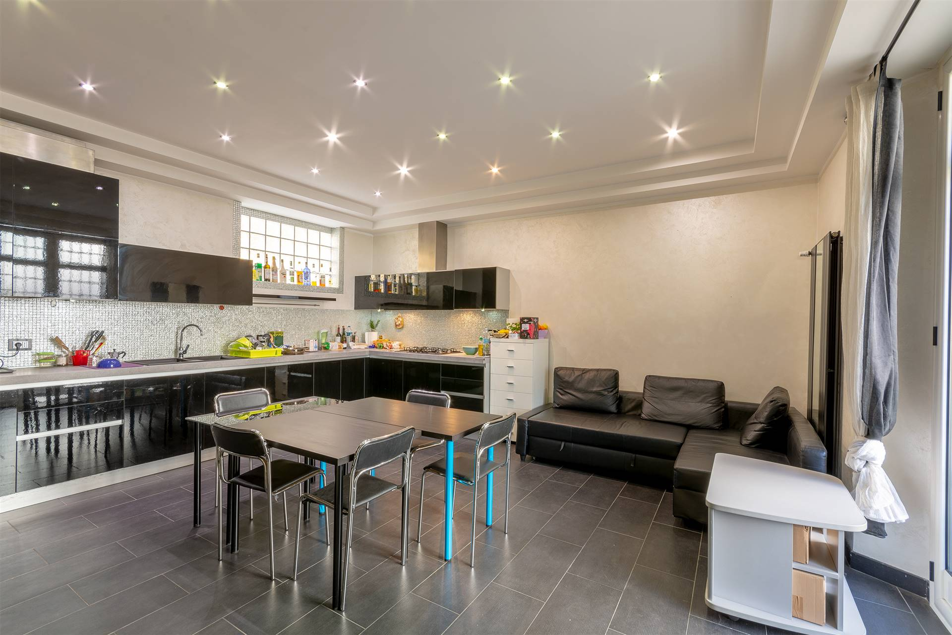 STATUTO, FIRENZE, Apartment for sale of 110 Sq. mt., Excellent Condition, Heating Individual heating system, Energetic class: F, Epi: 301,59 kwh/m2