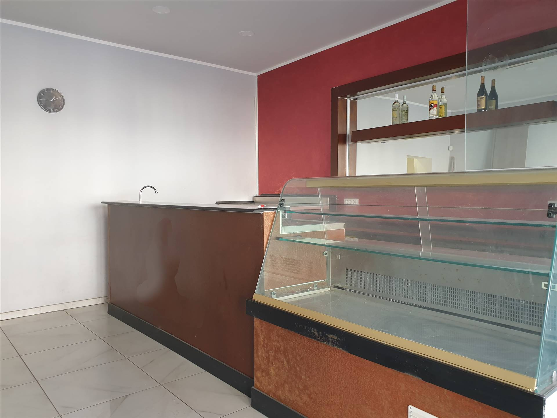 BROZZI, FIRENZE, Shop for rent of 45 Sq. mt., Excellent Condition, Heating Individual heating system, Energetic class: G, placed at Ground, composed