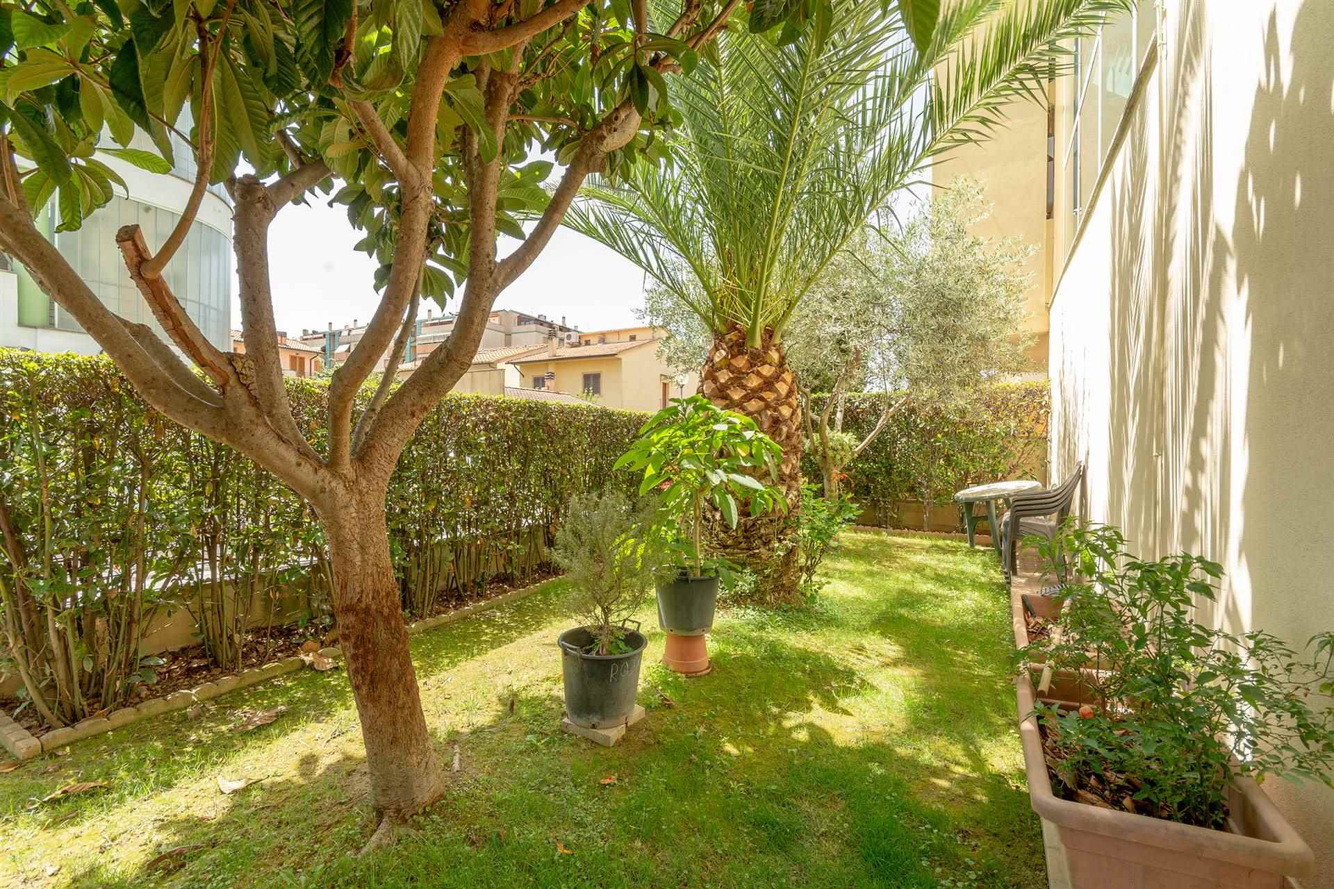 SAN LORENZO, CAMPI BISENZIO, Apartment for sale, Excellent Condition, Heating Individual heating system, Energetic class: G, placed at Ground on 3,