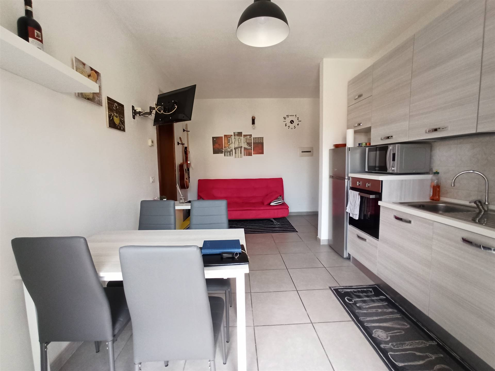 LA VILLA, CAMPI BISENZIO, Apartment for sale, Excellent Condition, Heating Individual heating system, Energetic class: G, placed at 1° on 2, composed