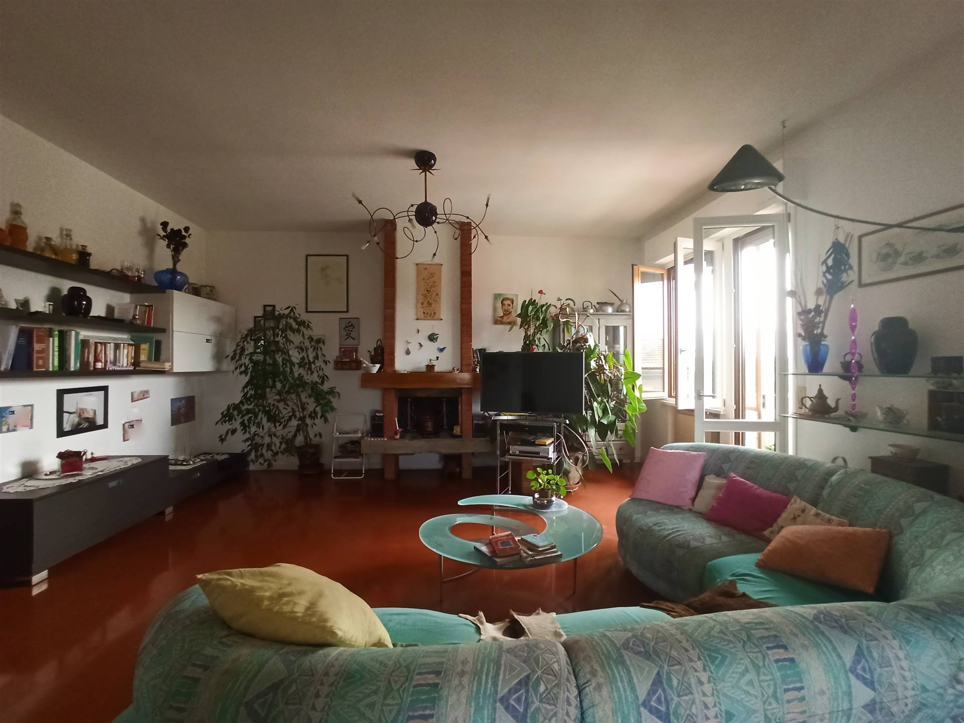 ALDO MORO, CAMPI BISENZIO, Apartment for sale, Good condition, Heating Individual heating system, Energetic class: G, placed at 2° on 2, composed by: