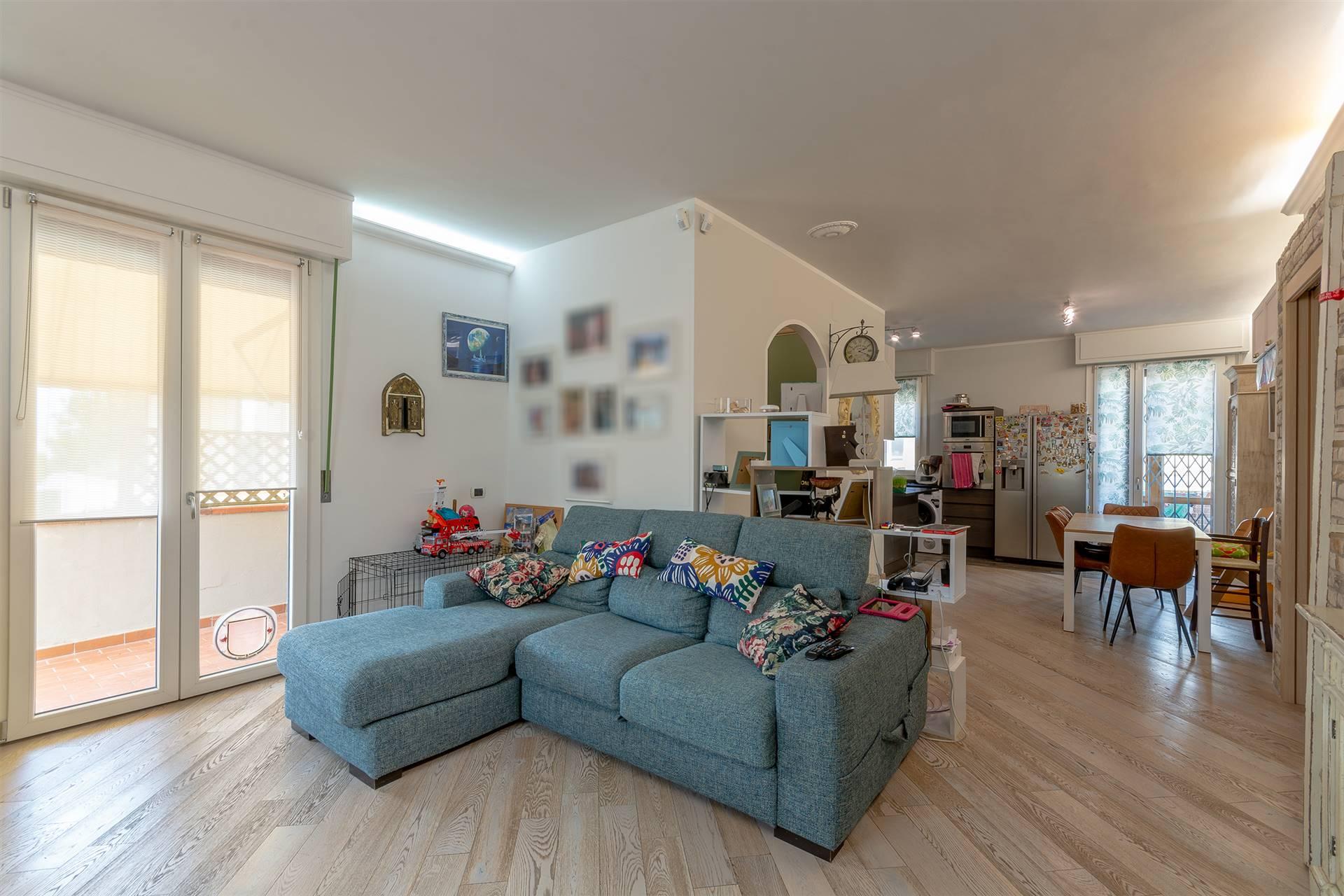 Appartamento in vendita a Campi Bisenzio, 4 locali, zona adonnina, prezzo € 280.000 | PortaleAgenzieImmobiliari.it