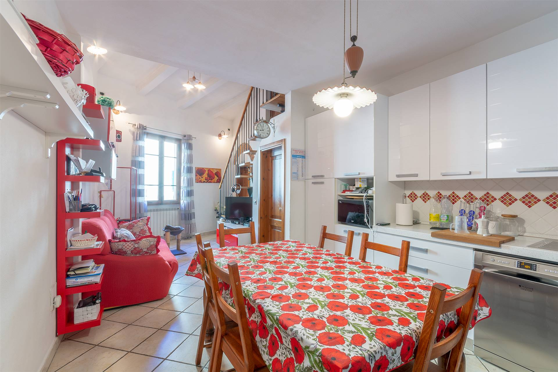 SIGNA, Apartment for sale, Excellent Condition, Heating Individual heating system, Energetic class: F, Epi: 148,1 kwh/m2 year, placed at 1° on 1,