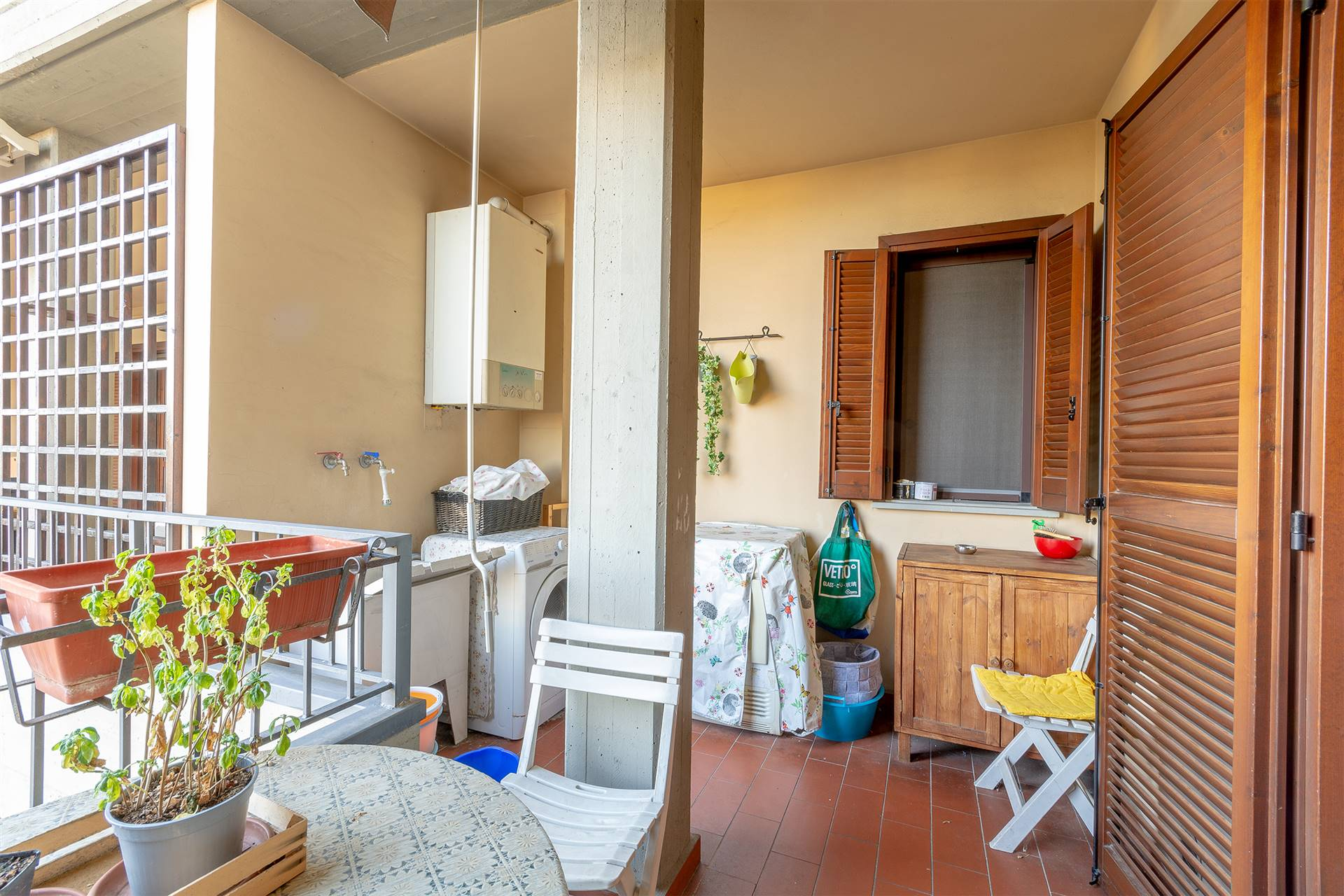 PAPERINO, PRATO, Apartment for sale, Good condition, Heating Individual heating system, Energetic class: G, placed at 1° on 2, composed by: 3 Rooms,