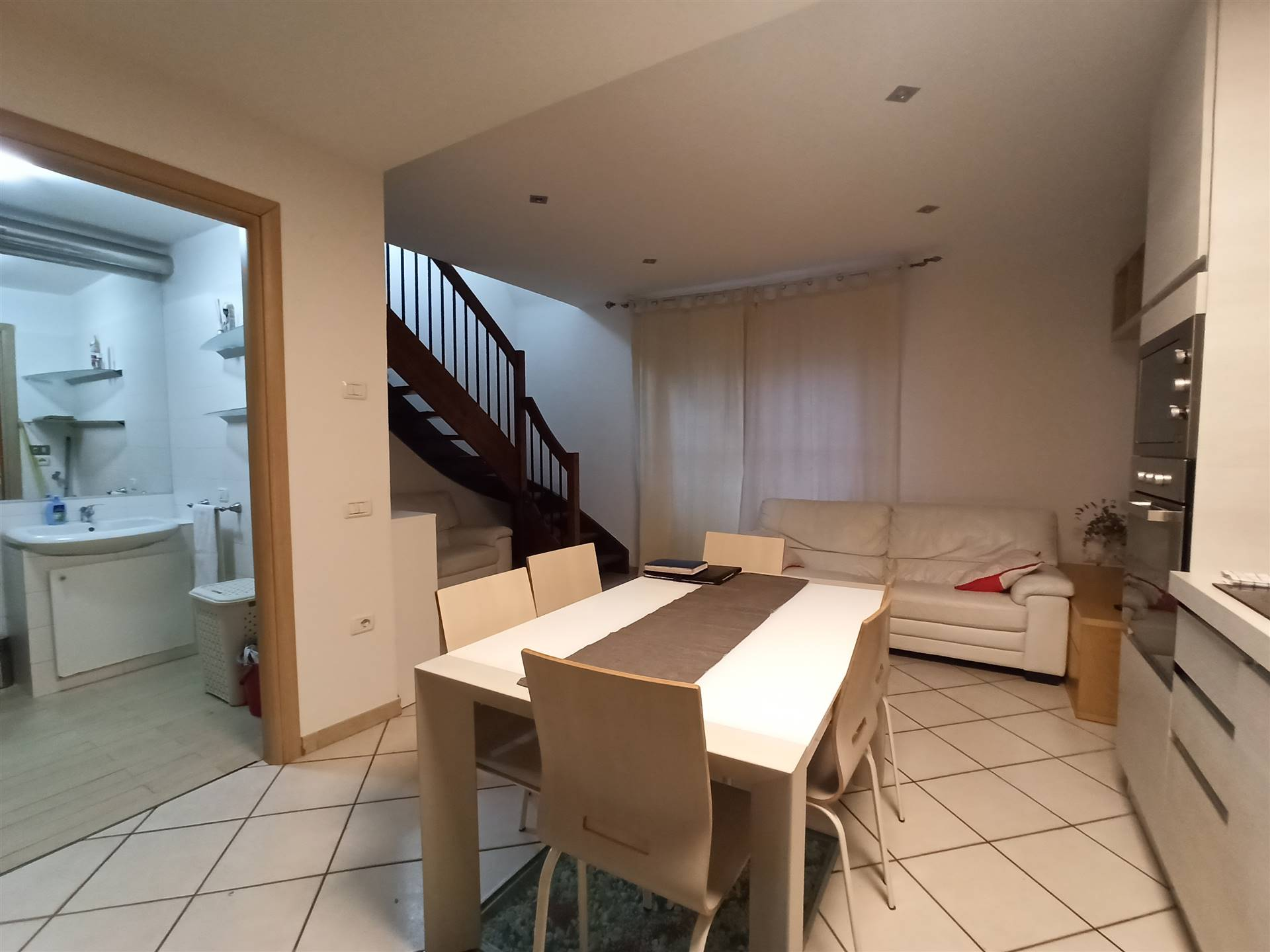 CAPALLE, CAMPI BISENZIO, Apartment for sale, Excellent Condition, Heating Non-existent, Energetic class: G, placed at 3° on 3, composed by: 2 Rooms,