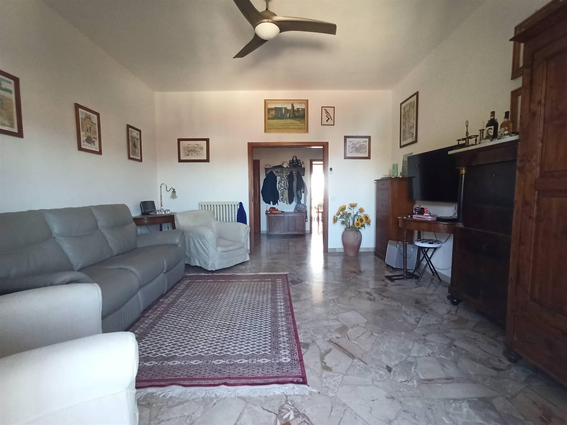 Appartamento in vendita a Campi Bisenzio, 5 locali, zona Martino, prezzo € 199.000 | PortaleAgenzieImmobiliari.it