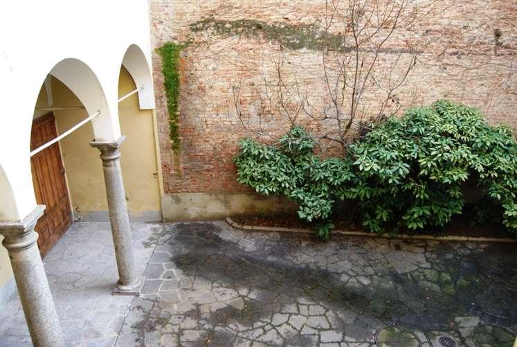 Palazzo in Via San Marco, Centro Storico, Piacenza