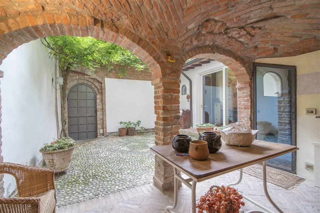 Casa singola, Centro Storico, Piacenza